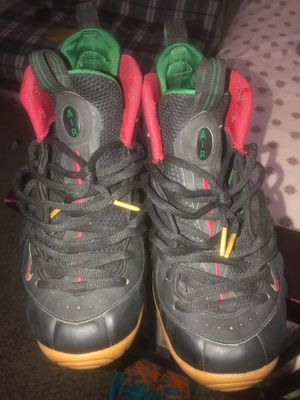 Gucci foams sz 12 for Sale in Hayward, CA