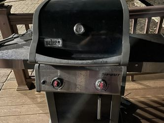 weber grill for Sale in Old Bridge Township,  NJ