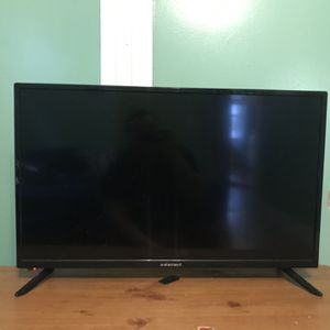 Offer Anything 32 Inch Element Tv for Sale in Boston, MA