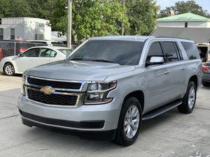 2017 chevy suburban lt for Sale in Orlando, FL