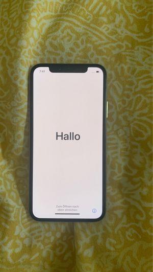 Iphone X 64GB Silver Unlocked for Sale in Fairfax, VA