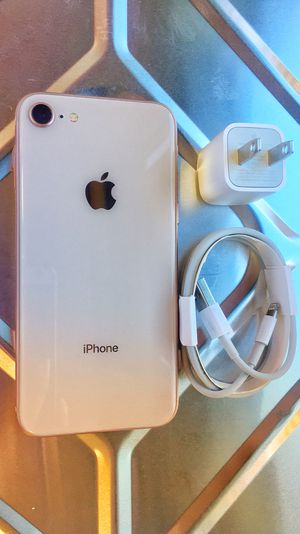 Factory Unlocked Iphone 8 64GB. Excellent Condition. for Sale in Somerville, MA