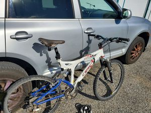 Full Suspension GT Mountain Bike, Medium Frame, not Cannondale Ibis Giant Specialized Trek for Sale in Beaverton, OR
