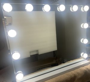 Mini Vanity Makeup Mirror for Sale in Sacramento, CA