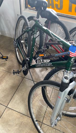 XL cannondale bike for Sale in West Palm Beach, FL