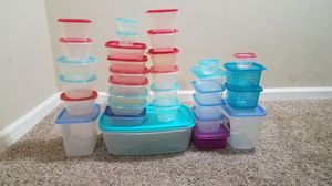 Rubbermaid Take Alongs Rectangular Food Storage Containers 64pcs. for Sale in Tampa, FL
