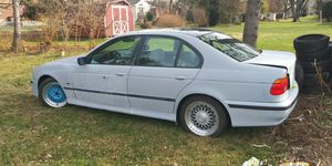 98 bmw 528i parts car for Sale in Lancaster, PA