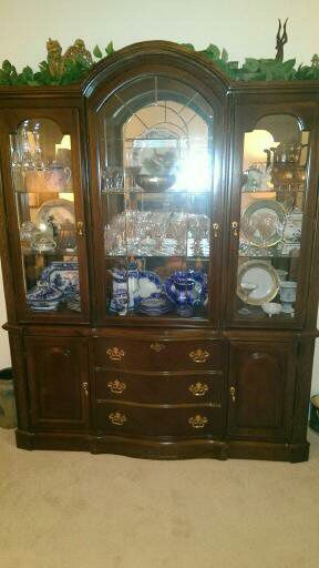 China hutch and buffet for Sale in Middletown, RI