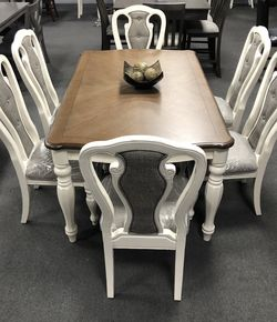 7PC Rustic Wood Dining Table Set for Sale in Fresno,  CA