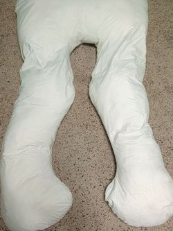 Pregnancy Pillow for Sale in Salem,  OR