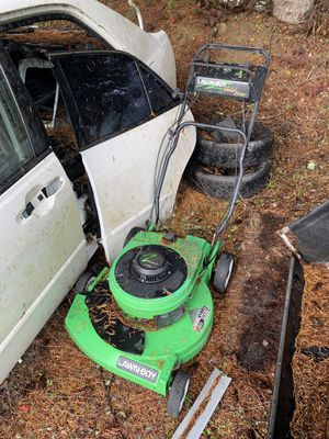 Rare 2 stroke Lawn-Boy lawnboy gold series mower for Sale in Snohomish, WA