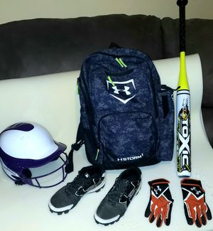 Youth Girls Fast Pitch softball Equipment for Sale in Reading, PA