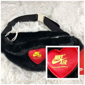 Nike x Olivia Kim Heritage Waist Bag Fanny Pack for Sale in Tigard, OR