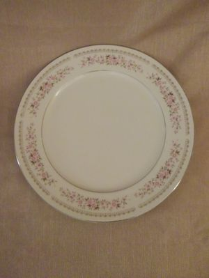 """12"""" Alexandria Diamond China Chop/Cake Plate for Sale in Akron, OH"""