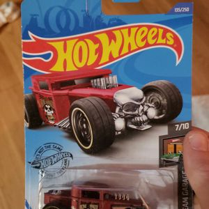 Hot Wheel Bone Shaker 7/10 for Sale in Lake Wales, FL