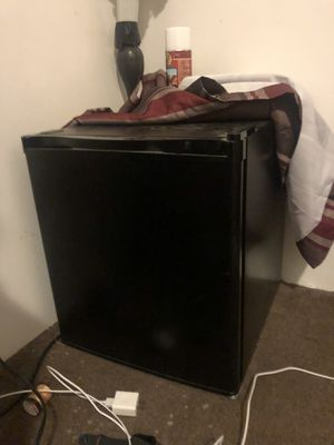 Refrigerator small for Sale in Bakersfield, CA