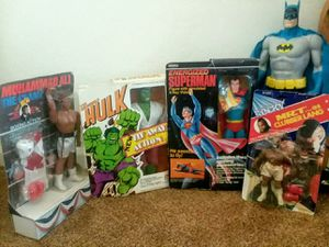 Vintage Toy Lot Mego Remco Hulk Superman Ali Rocky for Sale in Goodyear, AZ
