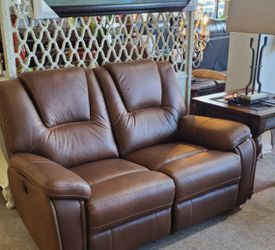 Power New Reclining Brown Loveseat for Sale in Portland,  OR