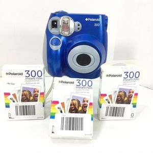 Polaroid PIC-300 Instant Film Camera with 3 Packs of Film for Sale in Kent, WA