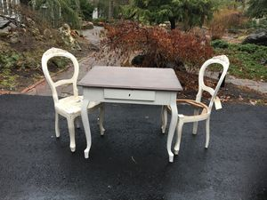 SSmall kitchen table and chairs imported from Italy. The table is 37x30.5x 30.5 high The chairs are 18 deep by 19 wide and 40 inches tall. $500 for Sale in Evesham Township, NJ