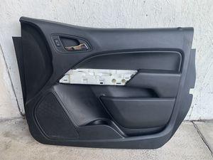 2016 ,2017 ,2018,2019 Chevrolet Colorado Passenger Rl door panel for Sale in Orlando, FL