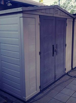 Rubbermaid- Keter shed 8x6 for Sale in Montclair, CA
