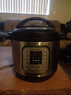 Instant Pot Duo 8qt 7-in-1 Pressure Cooker for Sale in Salt Lake City, UT