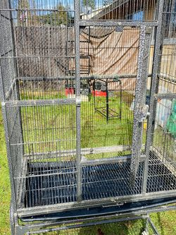bird cage for Sale in Beaverton,  OR