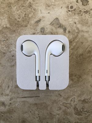 Apple Wired Earbuds Brand New No Microphone Good For Plane Rides for Sale in Alhambra, CA