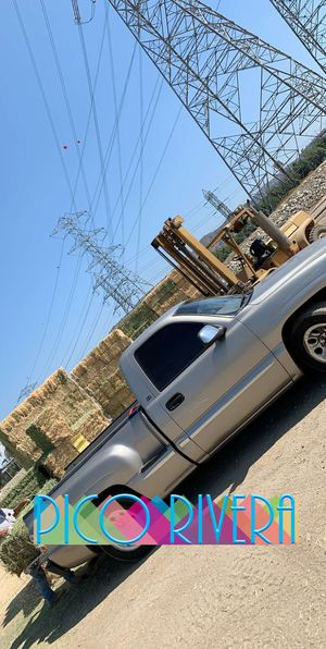 1999 gmc sierra stepside v8. Parts for Sale in East Los Angeles, CA