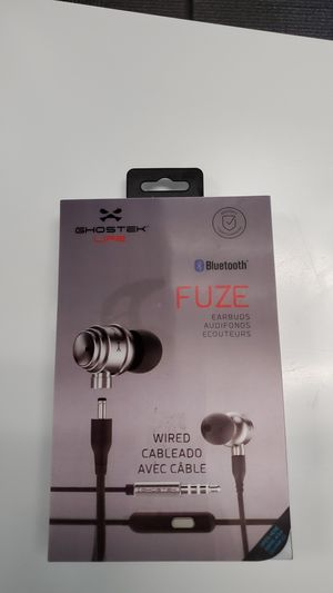 Wired/wireless headphones for Sale in Silver Spring, MD