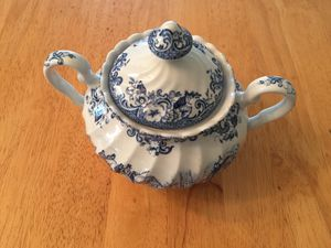 Spode Style Small sugar bowl for Sale in San Diego, CA