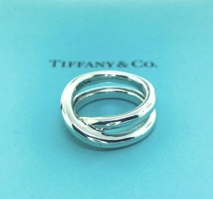 Tiffany & Co. Crossover Le Circle Ring Size 5.5 for Sale in Orland Park, IL