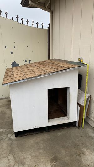 Dog house for Sale in Stockton, CA