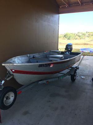 1988 12ft smoker craft w/ 2018 Mercury 9.9 for Sale in Umatilla, OR