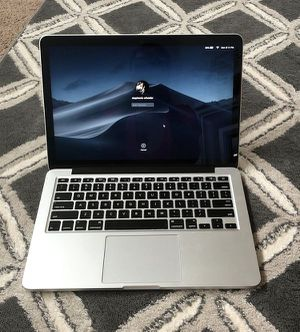 MacBook Pro Retina 2015 13.3 for Sale in Oxnard, CA