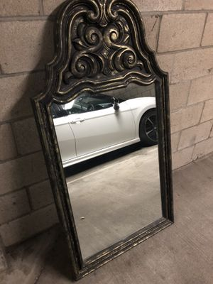 4' wall mirror for Sale in Long Beach, CA