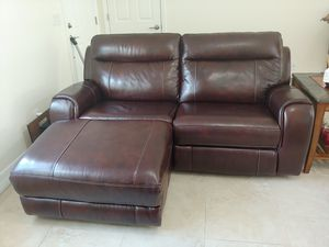 Powered Leather couch with USB for Sale in North Port, FL