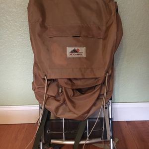 Vintage Camel Backpacking Pack for Sale in Tacoma, WA