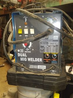 Chicago Electric 220 Volt Dual Mig Wire Feed Welder for Sale in Vancouver,  WA