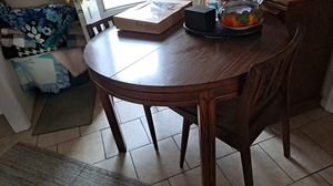 Dining room set for Sale in Wichita, KS