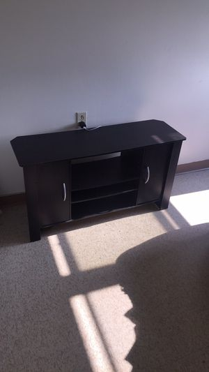 Table , recliner chair , couch , and tv stand for Sale in Elyria, OH