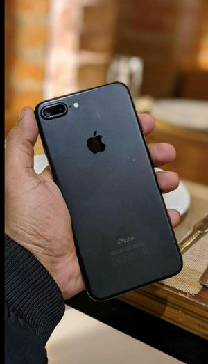 Iphone 7 Plus, 128GB Factory Unlocked..( Almost New Condition) for Sale in Springfield, VA
