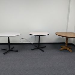 3 Round Tables for Sale in Palmdale,  CA