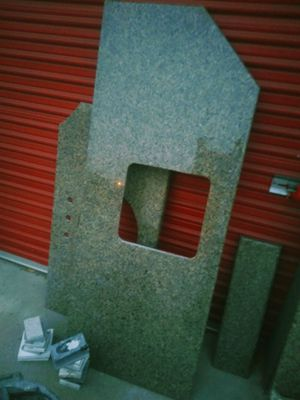 Tuna green granite counters and sinks for Sale in Fontana, CA