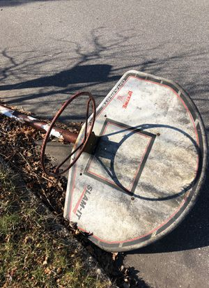 Old basketball hoop you can sell for scrap metal for Sale in Lake Grove, NY