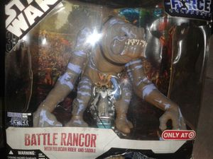 Star wars battle rancor with Felucian rider and saddle for Sale in Elk Grove, CA