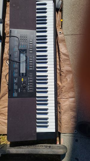 piano ..casio wk 245 for Sale in Richmond, CA