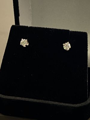 Diamond stud Earrings .15 Diamond each 14kt .99g weight for Sale in Joint Base Lewis-McChord, WA