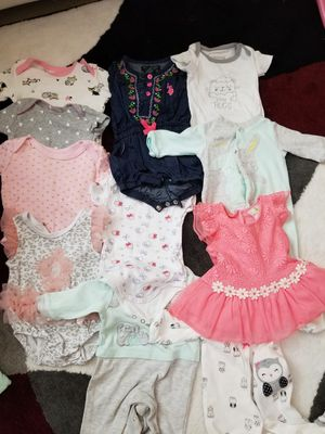 Baby girl cloth from 0 to 6 months. Ropa de bebe de 0 a 6 meses for Sale in Hollywood, FL